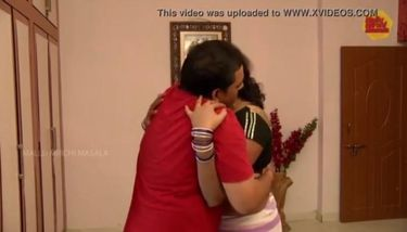 Hot Indian aunty - huge navel and ass grabbed and enjoyed TNAFlix ...