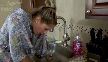 Stuck in sink porn