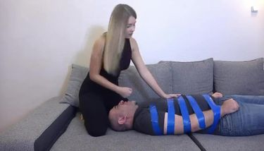 Facesitting Leggings