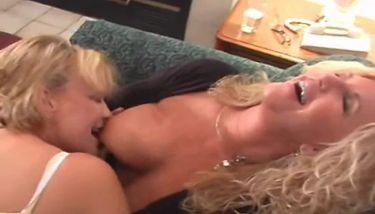 Lesben oma porno