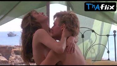 Nackt fabiana udenio Mariah Carey
