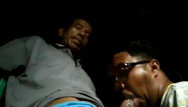 Bapak di sepong crot di mulut TNAFlix Porn Videos