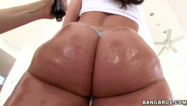 Big ass divine kelly Kelly Divine