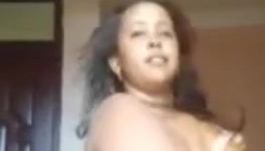 Somali bbw sextape +252712039853 WhatsApp and pay for the video ...