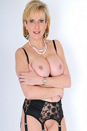 Lady Sonia's Free Porn Videos, Porn Pics, Profile & More